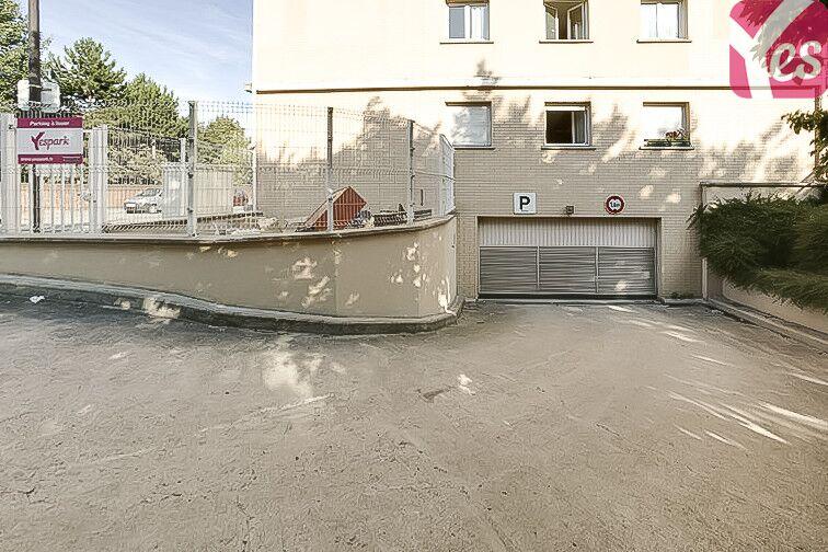 Parking Europe - Guyancourt pas cher