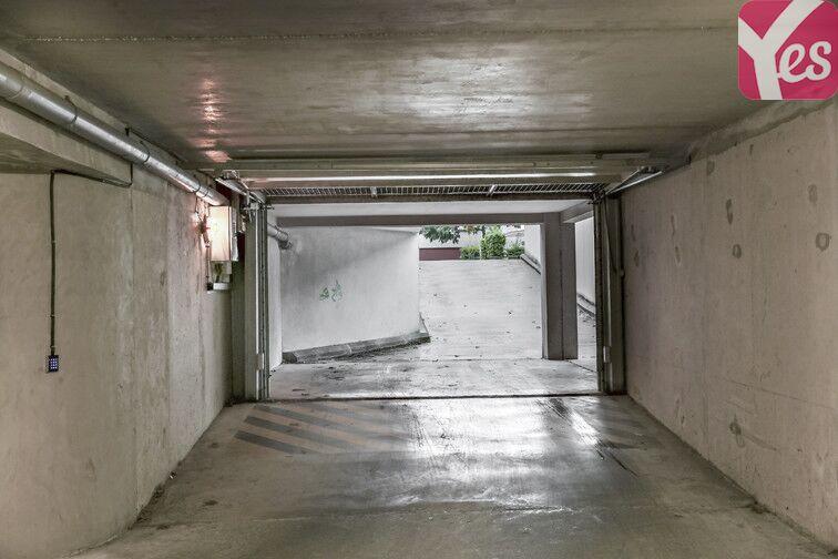 Parking Yves Louvigné - Bourg-l'Evêque - Rennes pas cher