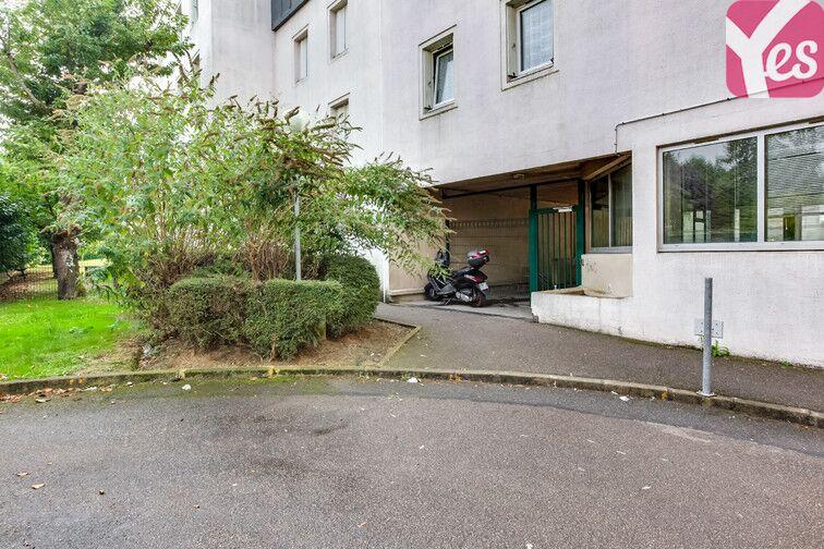 Parking Centre-ville - Jaurès - Gare - Trappes Trappes