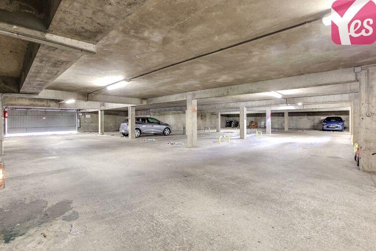 Parking Centre-ville - Jaurès - Gare - Trappes 78190