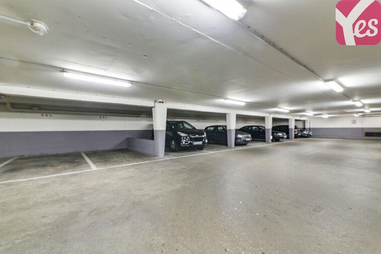 Parking Les Chevrins - Cité-Jardins - Gennevilliers garage