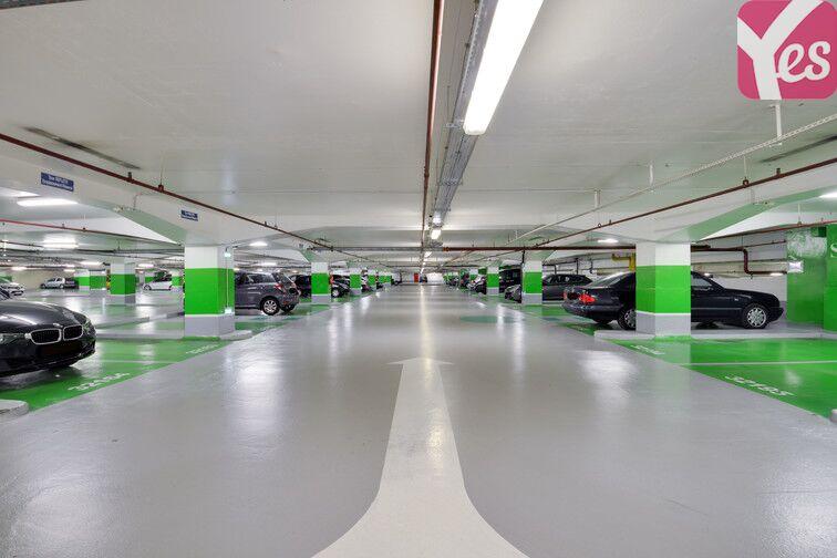 Parking Emeriau - Zola - Quai de Grenelle - Paris 15 en location
