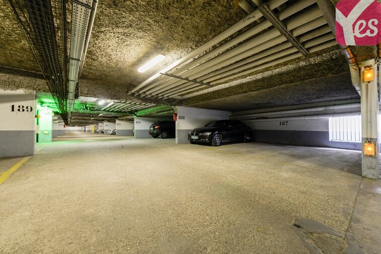 Parking Mairie de Saint-Ouen en location