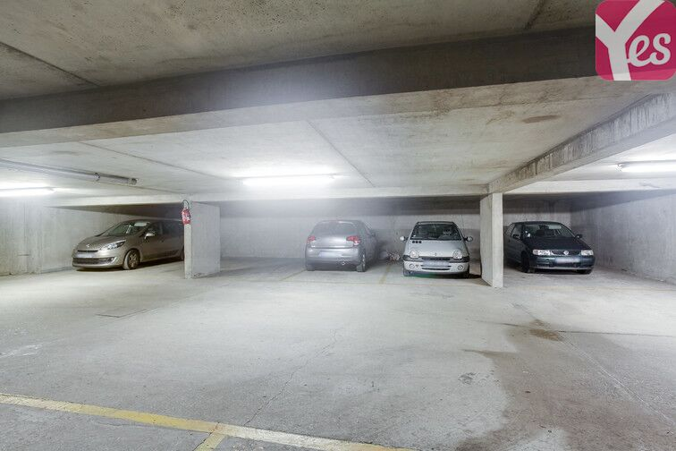 Parking Gare de Chaville Velizy - Viroflay box