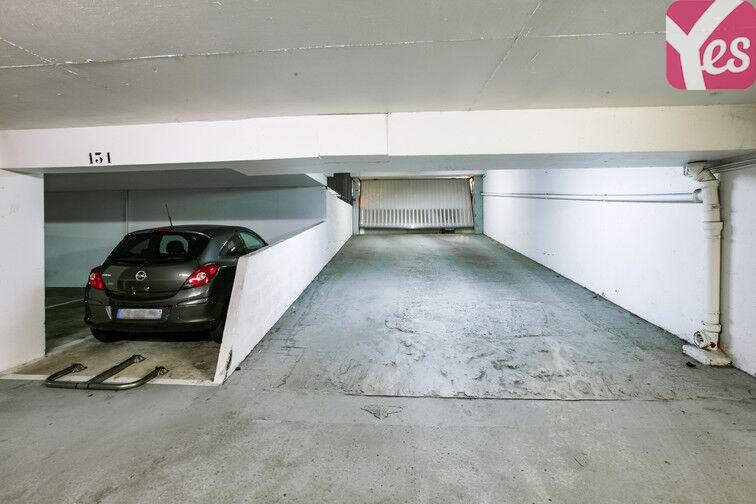 Parking Le Pas du Lac - Montigny-le-Bretonneux Montigny-le-Bretonneux