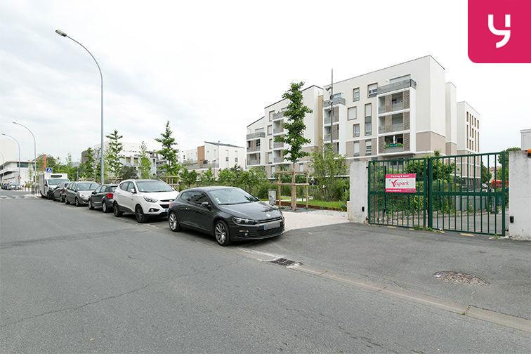 Parking Carrefour du Général de Gaulle - Bonneuil-sur-Marne (aérien) souterrain