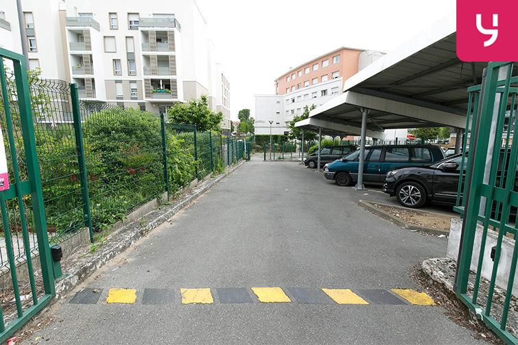 Parking Carrefour du Général de Gaulle - Bonneuil-sur-Marne (aérien) box