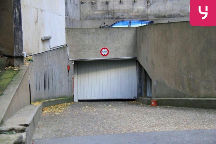Parking Hôtel de Ville avis