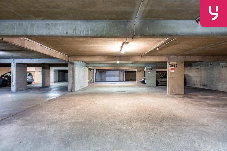 Parking Colonel Fabien - Quai de Jemmapes (place double) caméra