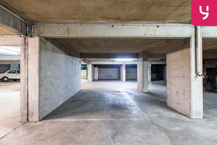 Parking Colonel Fabien - Quai de Jemmapes (place double) 75010