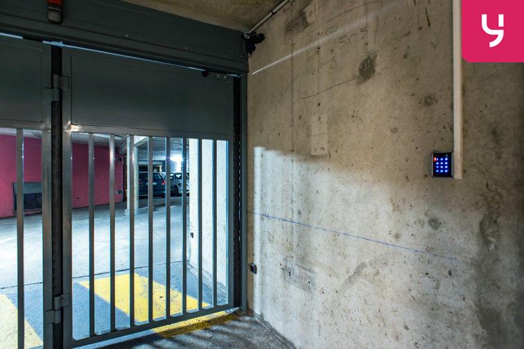Parking Colonel Fabien - Quai de Jemmapes (place double) souterrain