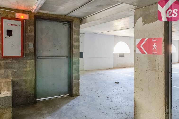 Parking Romaniquette - Grande Conque - Istres - Bas 24/24 7/7