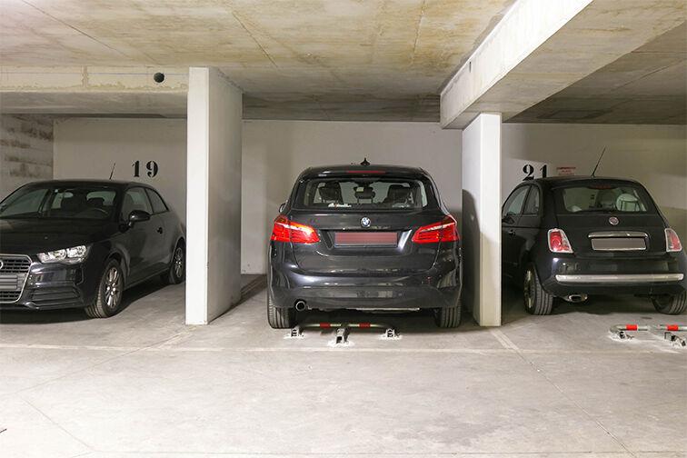 Parking Belleville - Saint-Louis - Paris 10 24/24 7/7