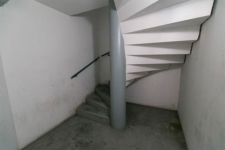 Parking Belleville - Saint-Louis - Paris 10 souterrain