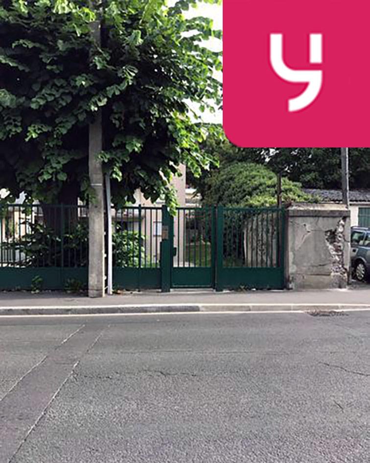 Parking Jean Jaurès - Henri Barbusse (aérien) sécurisé