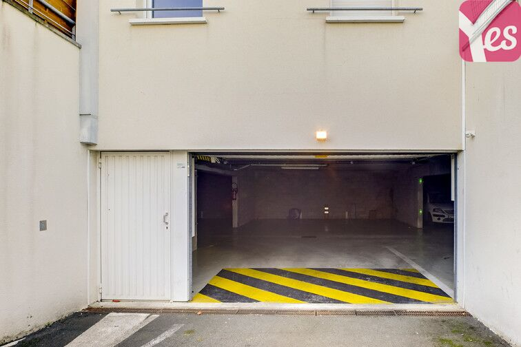 Parking Le Bourg - Eysines pas cher