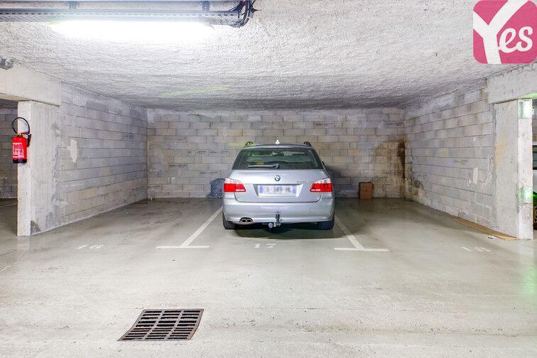 Parking Le Bourg - Eysines sécurisé