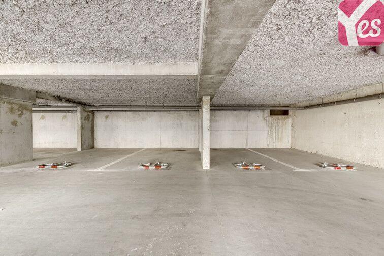 Parking Libourne - Centre-ville - Bastide - Gare en location