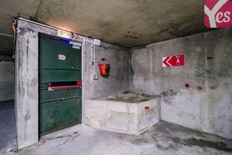 Parking Gare de Lognes caméra