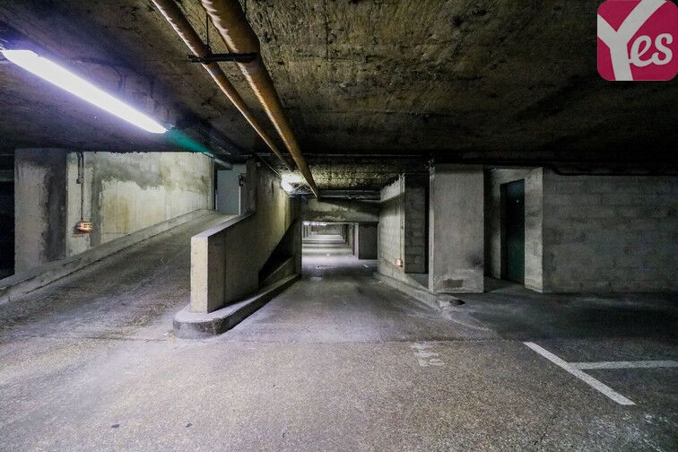 Parking Gare de Lognes souterrain