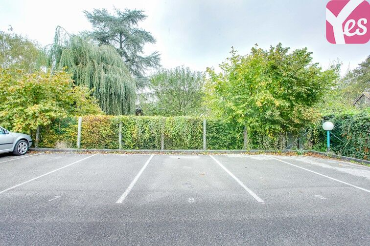 Parking Beauvais - Rue de Saint-Just des Marais garage