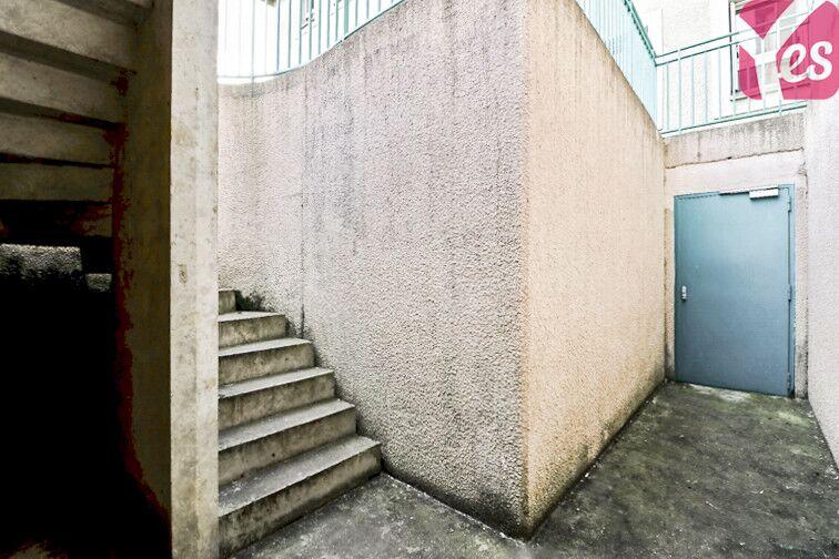 Parking Gare - Brèche aux Loups - Belle Croix - Ozoir-la-Ferrière gardien