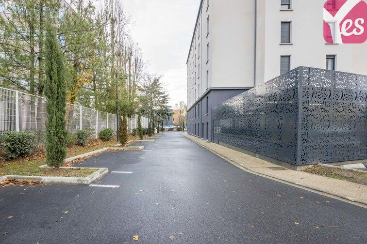 Parking Zone industrielle - Vélizy-Villacoublay à louer