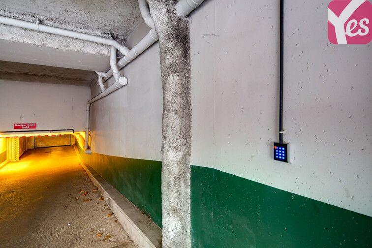 Parking Petit Ivry - Ivry-sur-Seine - Droite gardien