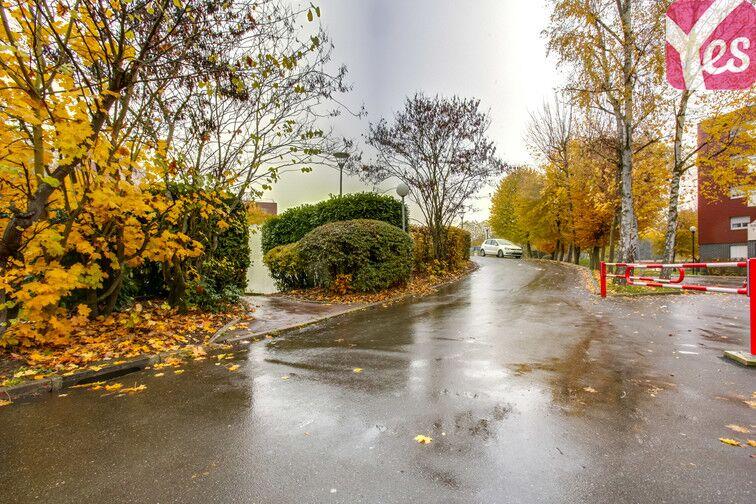 Parking Le Gandouget - Les 4 Arbres - Les Coudrays - Élancourt en location