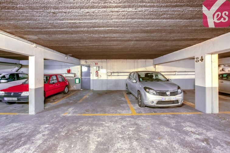 Parking Le Gandouget - Les 4 Arbres - Les Coudrays - Élancourt avis