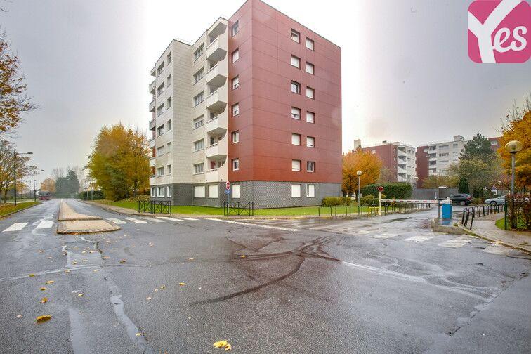 Parking Le Gandouget - Les 4 Arbres - Les Coudrays - Élancourt location mensuelle