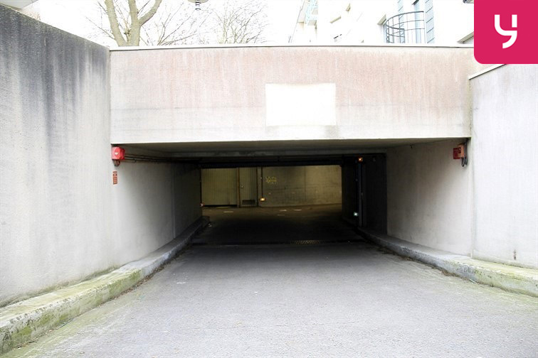Parking Cergy - Le Haut box