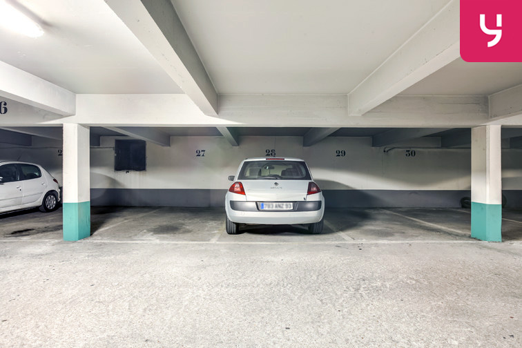 location parking Montaigu - Melun