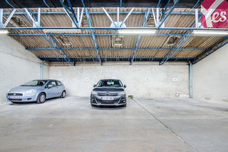 Parking Palais Jacques-Cœur - Bourges gardien
